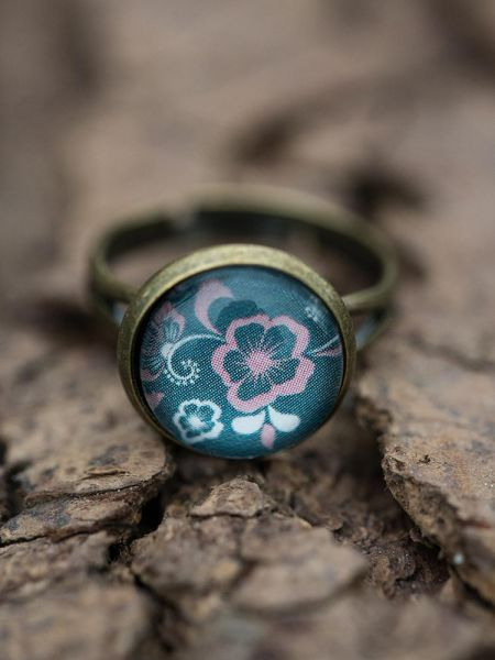 Ring bronze - Blumenmuster auf grün