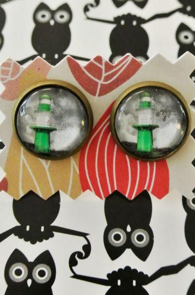 Ohrstecker Leuchtfeuer grün 60