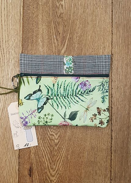 M39 Tasche klein Handarbeit Schmetterling 010515