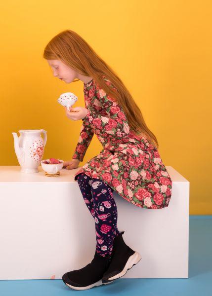 wonderwizard legs - flying teacups
